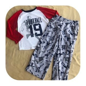 Carter's football PJ set boys size 5